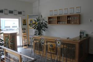 KWB Bar