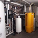 Pelletanlage mit Saugturbine 25 KW von dem Hersteller KWB Typ Easyfire zum Beheizen und erzeugen von Warmwasser in einem 4-Familienhaus in Uelzen.